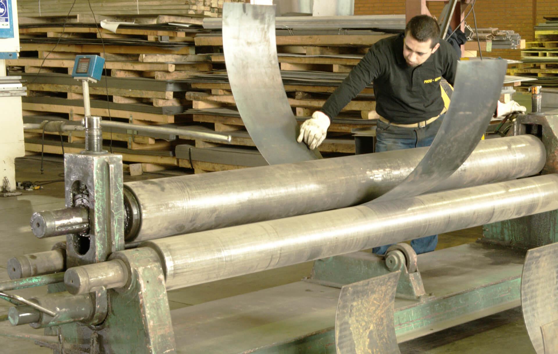 Cilindrado de planchas de acero provimetal - Planchas de metal ...